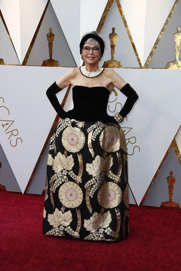 Rita Morenon iltapuku lienee tämän vuoden Oscar-gaalan vanhin.