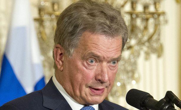 Tasavallan presidentti Sauli Niinistö otti kantaa kritiikkiä aiheuttaneeseen hallituksen linjaukseen Ylen Ykkösaamussa.