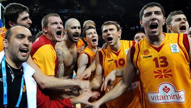 Makedonialaisten riemua.