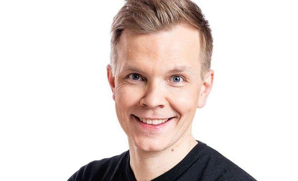 Niki Juusela hyppää Maikkarille 15 Yleisradiolla vietetyn vuoden jälkeen.