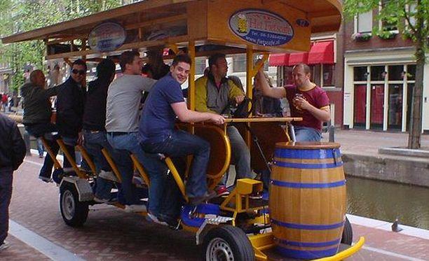 Keskiviikosta alkaen kaljapyörät on Amsterdamissa kielletty.