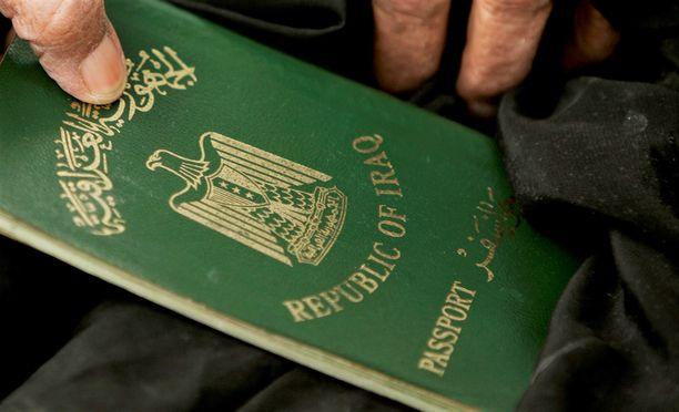 Asiakirjojen mukaan nuori vaimo olisi ollut täysi-ikäinen. Kuvituskuvassa Irakin passi.