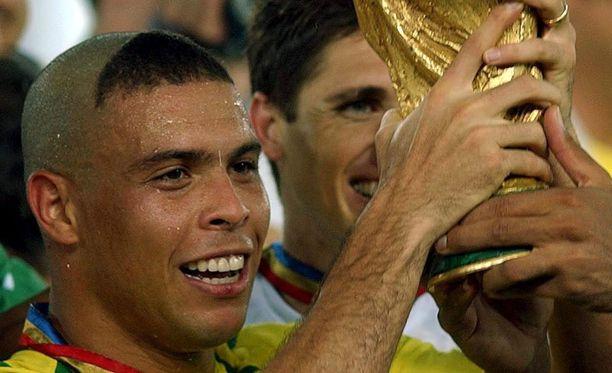 Ronaldon jännä tukkamuoti oli yksi vuoden 2002 MM-kisojen puheenaiheista.