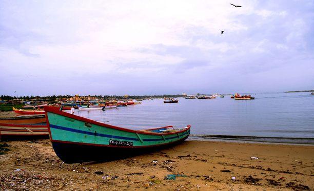 Kuvituskuvassa ranta Intian Keralassa.