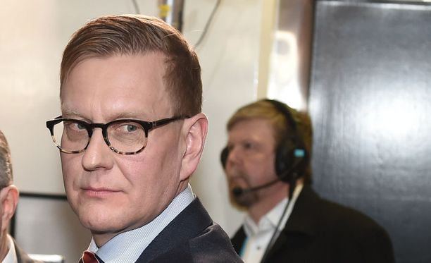 Ylen vastaava päätoimittaja Atte Jääskeläinen sanoo Iltalehden haastattelussa, että ei ole pitänyt yhteyttä pääministeri Juha Sipilän (kesk) kanssa.