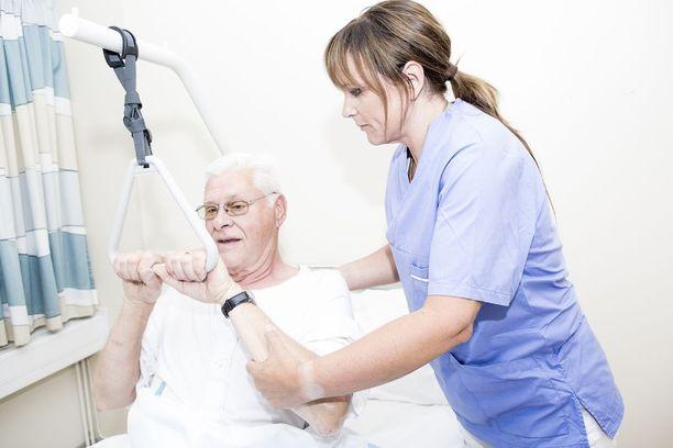Sairaanhoitajilla riittää töitä päivystyksissä. Kuvituskuva.