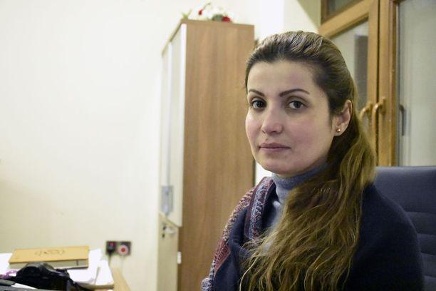 Vivian Alaa työskentelee naisten oikeuksia ajavassa järjestössä. Hän toivoo, ettei kukaan kokisi samaa kohtaloa kuin hän itse.
