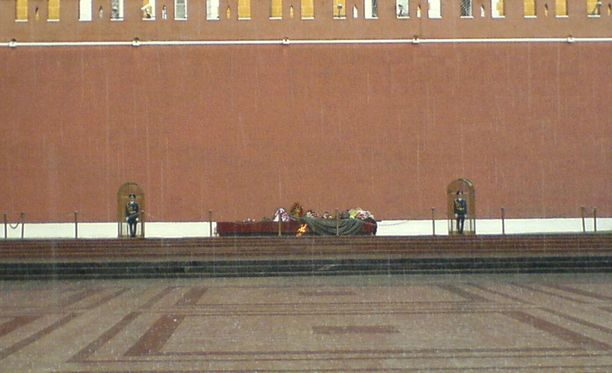 Suomalaiset pidätettin vuorokaudeksi Moskovassa.