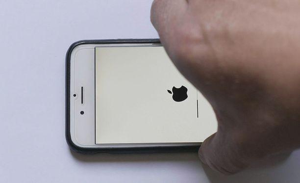Apple kertoi hiljattain hidastaneensa vanhoja puhelimia.
