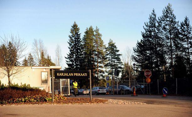 Tapaus koskee Vekaranjärven varuskuntaravintolan työntekijöitä välittävää henkilöstövuokrausyritystä Helsingissä.