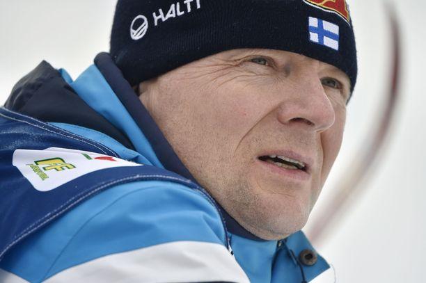 Kokenut kuopiolainen Mika Venäläinen on hiihtomaajoukkueen uusi voitelupäällikkö.