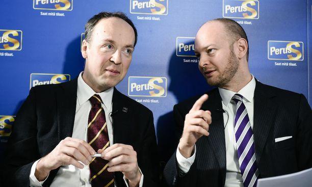 Perussuomalaiset valitsee itselleen uuden puheenjohtajan lauantaina.