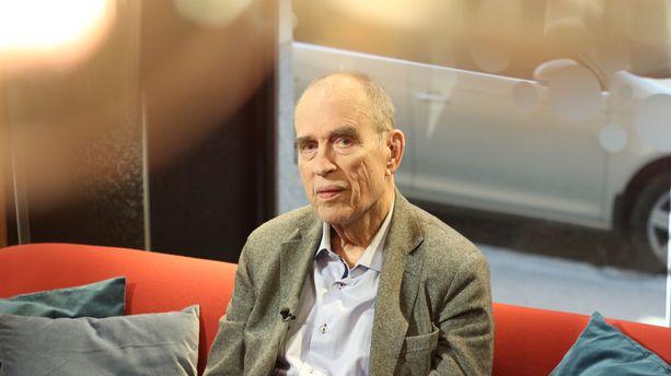 Jörn Donnerista kertova Elokuva Jörn Donnerista löytyy Areenasta.
