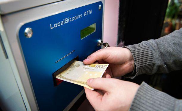 Bitcoin on digitaalinen virtuaalivaluutta, joka ei ole Suomessa vielä virallinen valuutta.
