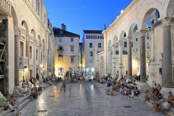 Splitin vanha kaupunki on mainio paikka tunnelmoida rakkaan seurassa.