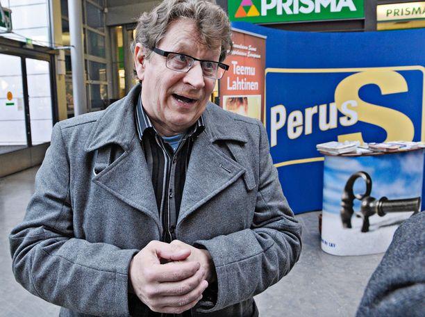 Seppo Huhta kertoo voivansa tällä hetkellä hyvin. Kuva vuodelta 2011.
