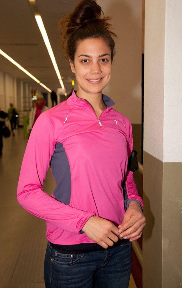 Manuela Bosco osallistui lauantaina Helsinki City Run -tapahtumaan. Hän juoksi kilpaa kuuden vuoden tauon jälkeen. - Juoksen mielelläni vapaa-ajalla. Se on meditatiivista ja rentouttavaa.