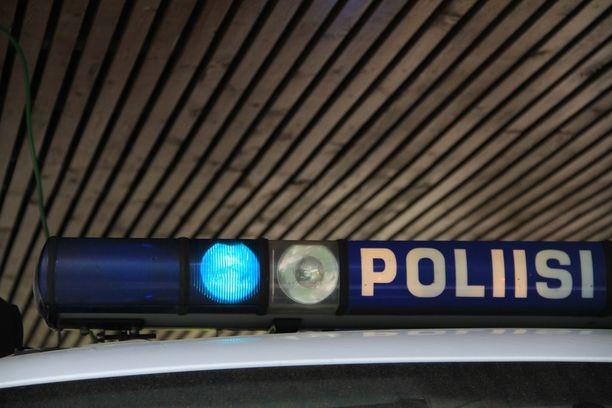 Poliisi tutkii tapausta kuolemansyytutkintana.