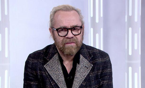 Jussi Parviainen on kiitelty ja kiistelty teatterialan ammattilainen.