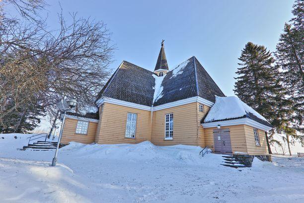Tältä 1700-luvulla rakennettu Kiihtelysvaaran kirkko näytti talvella.
