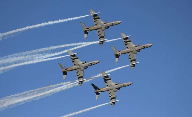 Midnight Hawks -ryhmä viimeisimmässä Lentäjien juhannuksessa vuonna 2012.