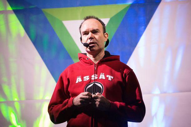 Liikemies Peter Vesterabackan tunnelihanke ei saanut riehaantunutta vastaanottoa Virossa.