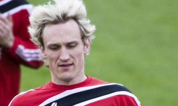 Sami Hyypiän Bayer Leverkusen aloitti hienolla voitolla.
