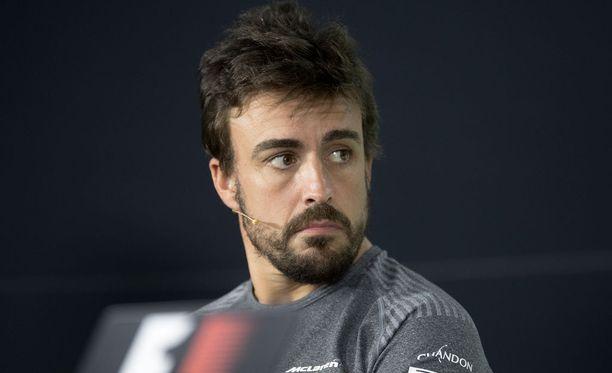 Fernando Alonsoa ei kiinnosta ajaa keskikastissa.