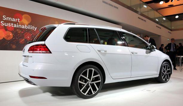 Facelift koskee koko Golf-mallistoa. Volkswagen uudisti samalla kertaa Golfin Hatchback-, GTI-, GTE- ja Variant-mallit.