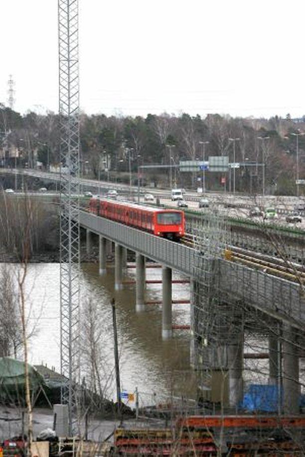 Yksistään metrorata tulee maksamaan hankesuunnitelman mukaan 138,5 miljoonaa euroa.