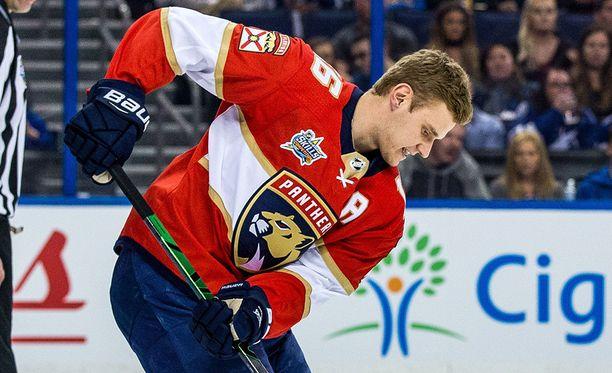 Aleksander Barkov näytti kädentaitojaan NHL:n tähdistötapahtumassa.