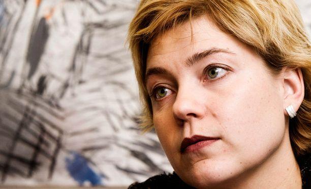 Ministeri Hanna Virkkunen aloitti kuntauudistuksensa todella puhtaalta pöydältä ja täysin ilman ennakkoluuloja.