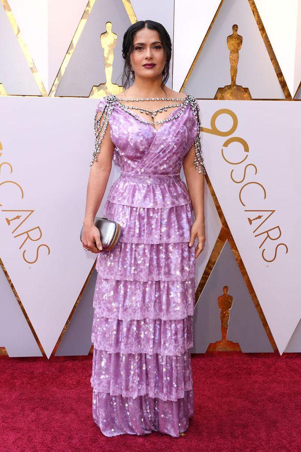 """Salma Hayek on kuvaillut Weinsteinia hirviöksi. Hayekin mukaan Weinstein vihasi sanaa """"ei"""". Tuottaja raivostui näyttelijään useaan otteeseen, kun tämä kieltäytyi kanssakäymisestä."""