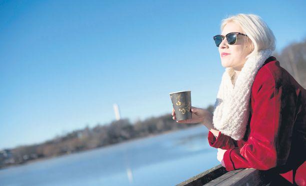 Tiistaina kannattaa nauttia säästä, kun viikon lämpimin päivä hellii Etelä-Suomessa jopa 15 plusasteella.