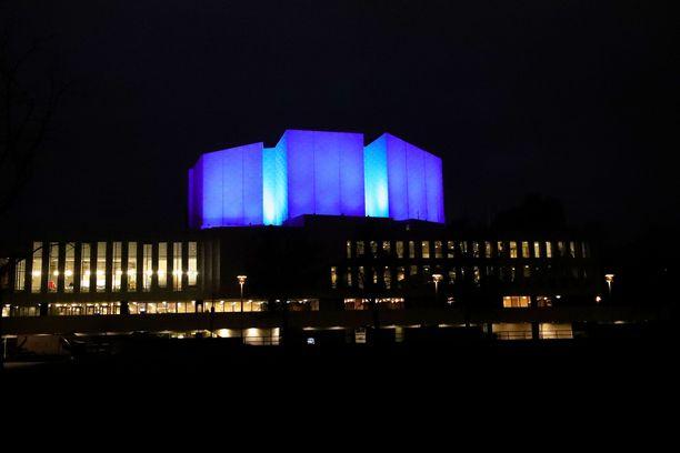 Finlandia-talon valaisu aloitetaan lauantai-iltana. Kuva on aiemmasta valaisusta.