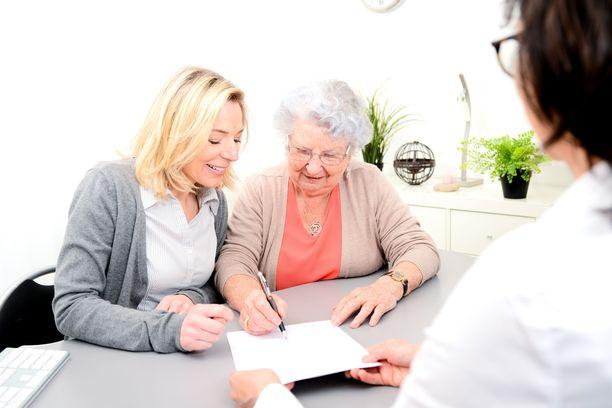 Asuntokauppatilanteessa kannattaa käyttää ulkopuolista asiantuntijaa, kiinteistönarvioijaa tai kiinteistönvälittäjää.