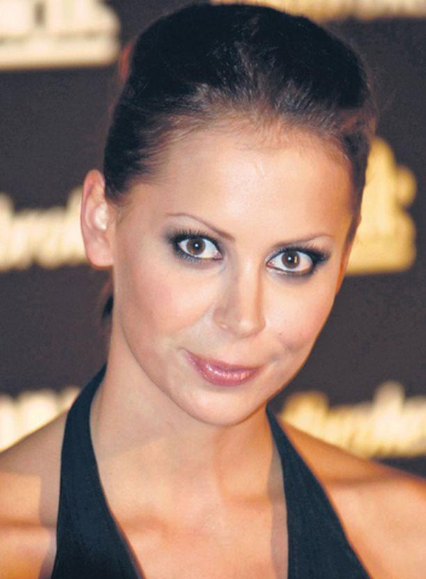 Formulavaimo Jenni Dahlman-Räikkönen on Bläkin vähemmistöosakas ja keulakuva.