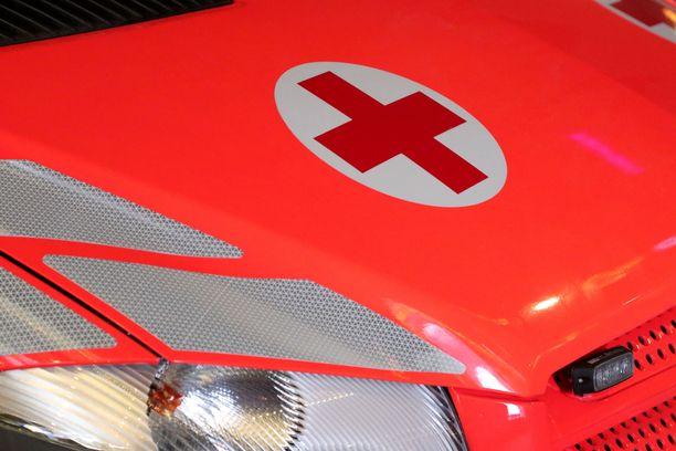 Pelastuslaitos sai hälytyksen Espoon Reserviläisentielle perjantai-iltana kello 23.10.