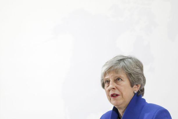 Britannian pääministeri Theresa May puhui uudesta brexit-suunnitelmastaan tiistaina.