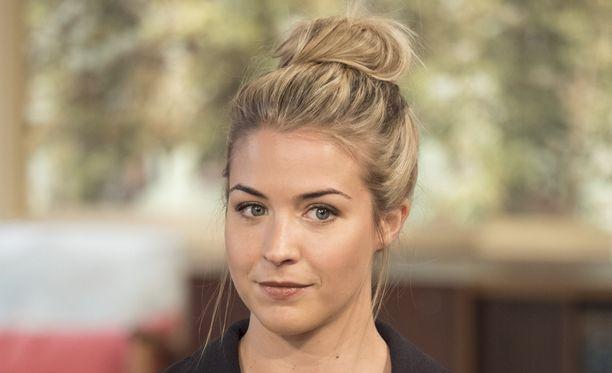 Gemma Atkinson muistetaan Emmerdale-sarjan Carly Hopena.
