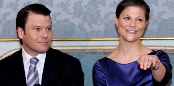 Vuonna 2010 avioituneen kruununprinsessa Victorian epäillään ottaneen suvussa kulkenut kihlasormus omakseen.