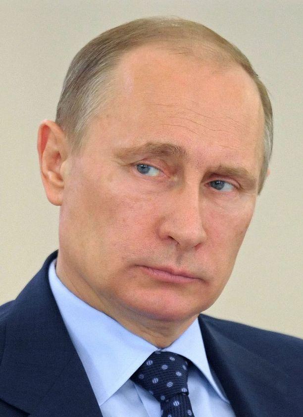 Länsi on yrittänyt pakotteilla saada Putinia kuriin - turhaan.