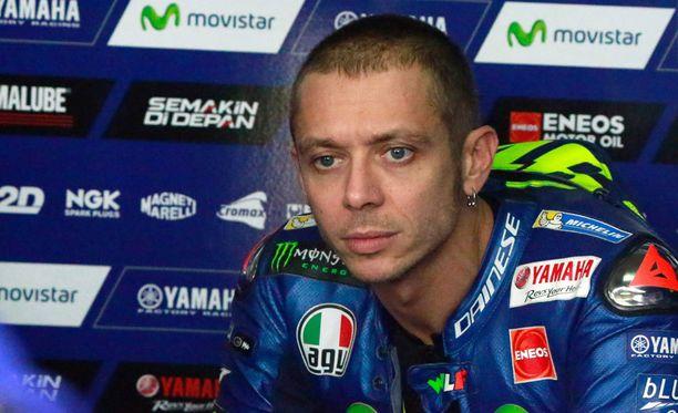 Valentino Rossi tekee kovaa jälkeä.