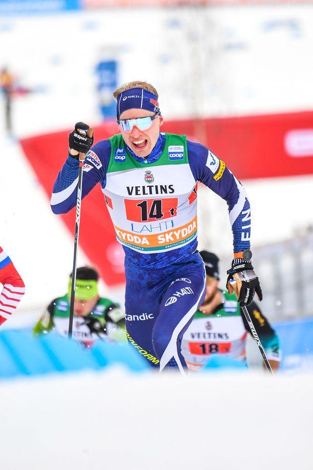 Iivo Niskanen jäi kakkoseksi miesten 15 kilometrin kisassa.