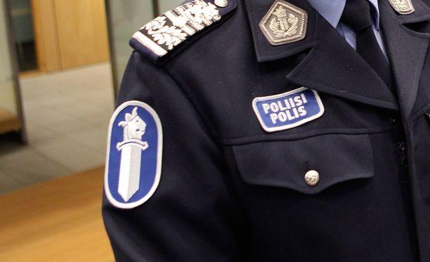 Suojelupoliisin mukaan terrori-iskusta ei ole toistaiseksi löytynyt yhteyksiä Suomeen.