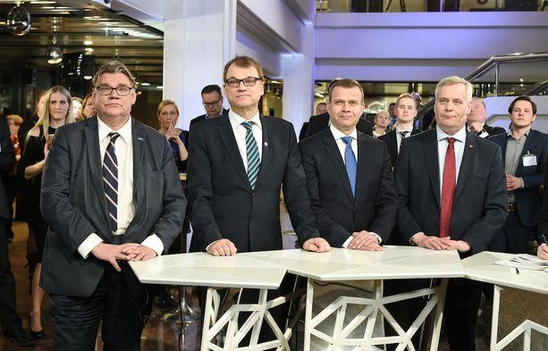 SDP eteni eduskuntavaaleista, mutta kuntatasolla syntyi viime vuosikymmenten kehnoin tulos. Perussuomalaiset koki karvaan tappion.
