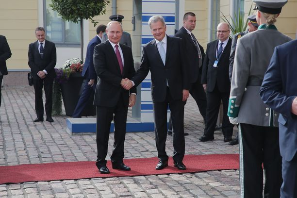 Iltalehti tapasi Troitskin torstaina, vain päivä sen jälkeen, kun Venäjän presidentti Vladimir Putin oli vieraillut Suomessa ja kommentoinut muun muassa Moskovan mielenosoituksia.