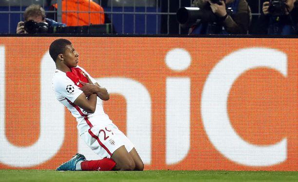 Kylian Mbappé oli Monacon sankari kahdella maalillaan.