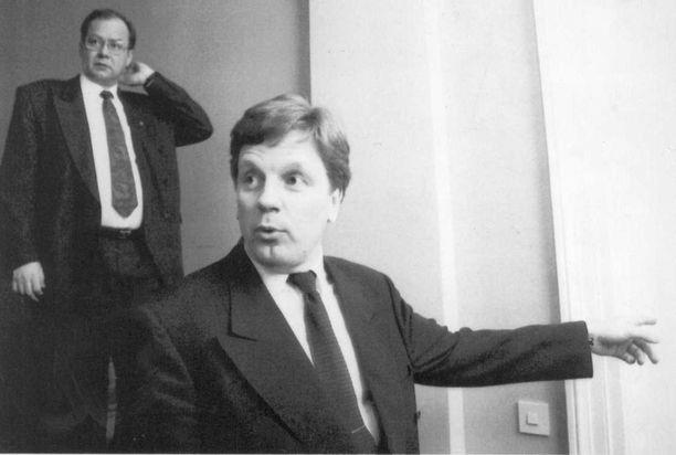 Pääministeri Esko Aho ja valtiovarainministeri Iiro Viinanen huhtikuussa 1992.