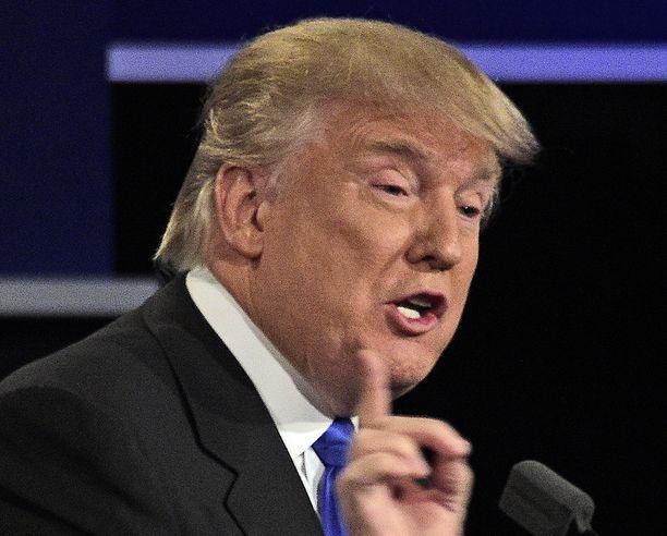 Trump ei paljasta yksityiskohtia raha-asioistaan todennäköisesti siksi, että on köyhempi kuin väittää.